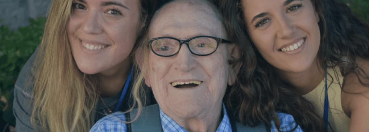 Minutos en compañia adopta un abuelo