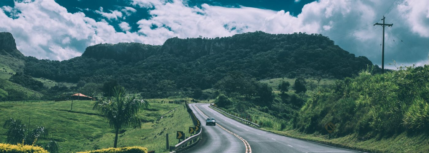 road-tarmac-mountains-car-57645